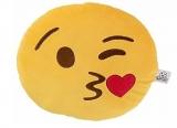 Cushion Kiss Wink